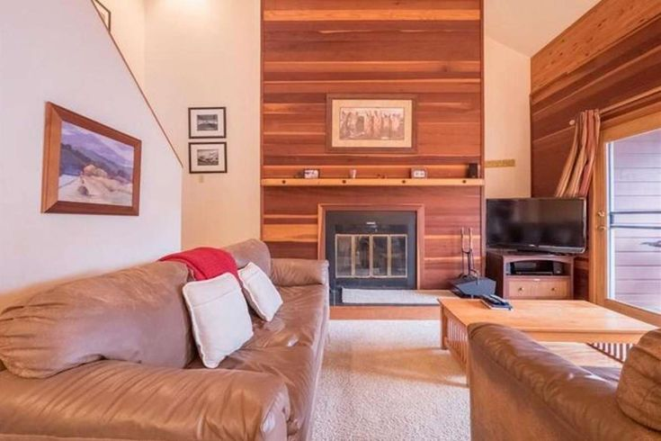 Wildernest Vacation Rental | NEW LISTING! Big Windows To See Mountain Views-Central & Close to Breckenridge/Keystone & All Skiing | Keystone Resort | Condo Rental on iTrip.net #keystone #resort #vacation #rental