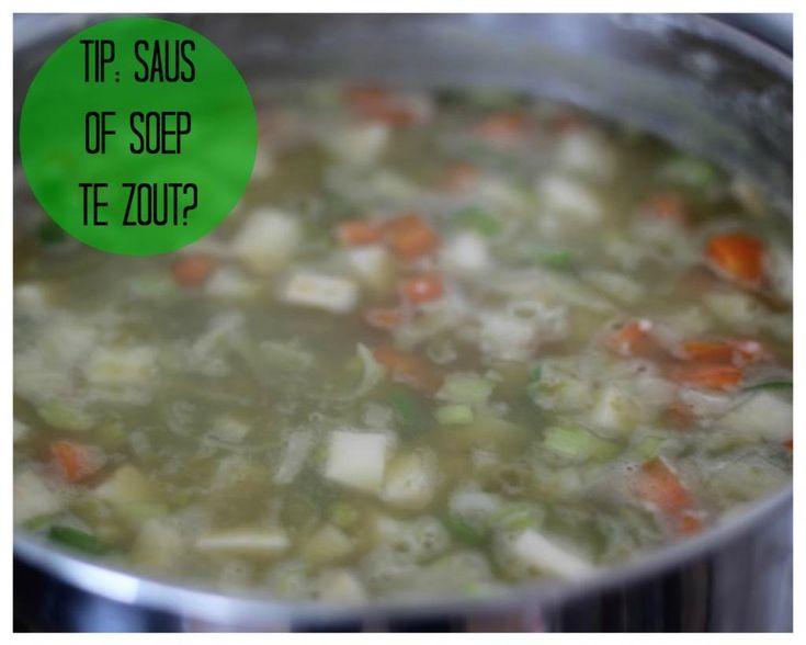 Heb je per ongeluk iets teveel zout aan je saus of soep toegevoegd? Wees dan niet getreurd, met deze handige tip bevat je recept minder zout!