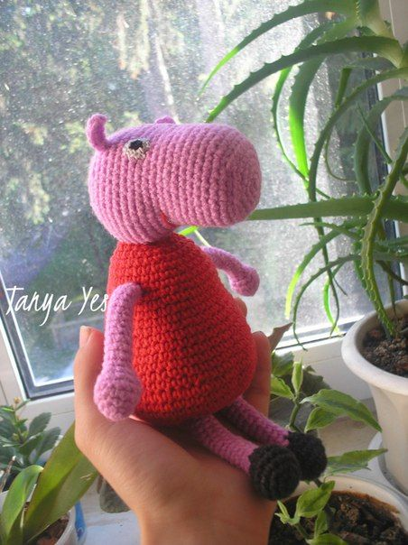 Knitting Peppa Pig Nice toy for your baby