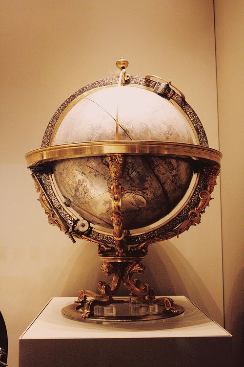 Add an Old Word Globe to your office for that sophisticated look