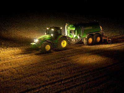 Concesionario Oficial John Deere, Ratto Hnos, Buenos Aires, venta de tractores y cosechadoras John Deere