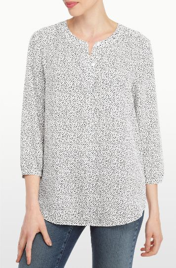 The Crosshatch Terrace Printed 3/4 Sleeve Blouse features a black and white crosshatch pattern on a flowing silhouette. With a round neckline, hidden half placket, front chest pocket and pretty pleating at the back.