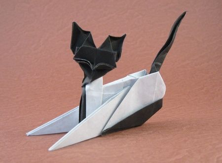 Origami Siamese cat by Seo Won Seon and Lee In Kyung (Red and White Paper) folded by Gilad Aharoni