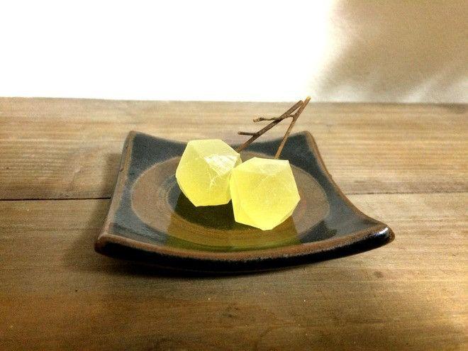 「鉱物の実」に「寒天石」…京都の食べられる石が美しすぎると話題 - Spotlight (スポットライト)