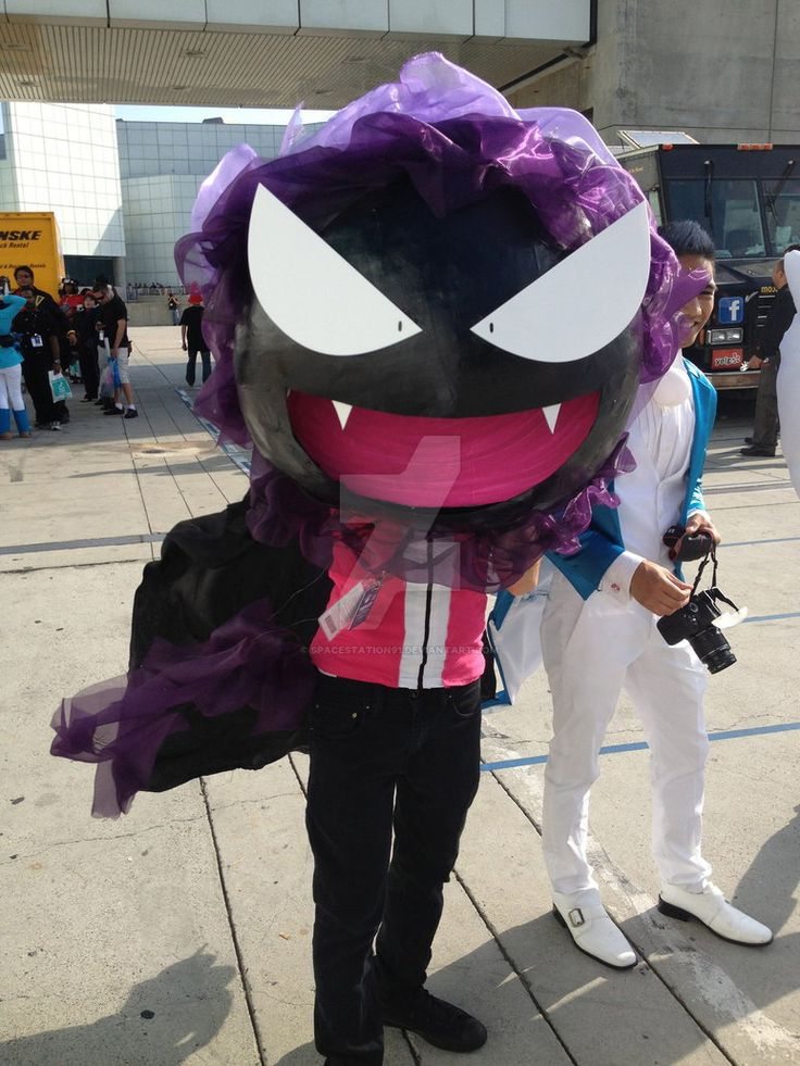 AX 2013 - Pokemon - Gastly Cosplay by SpaceStation91