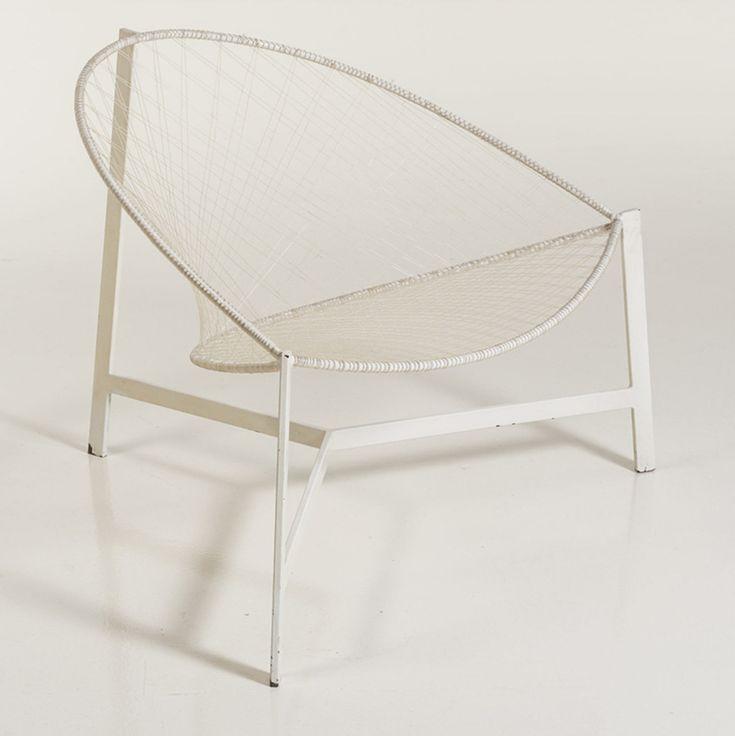 Sergio Conti, Marisa Forlani and Luciano Grassi 'Monofilo Cesto, fauteuil', 1959, Edition Emilio Paoli, enameled metal and nylon | Piasa