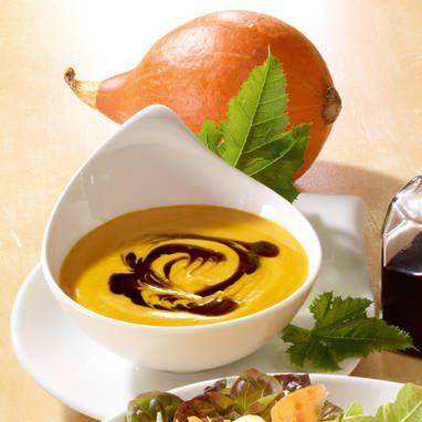 Sahnige Kürbissuppe mit Ingwer