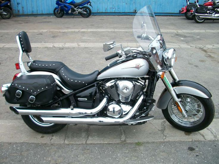 2007 Kawasaki Vulcan® 900 Classic… I think I squealed a little when I saw this……