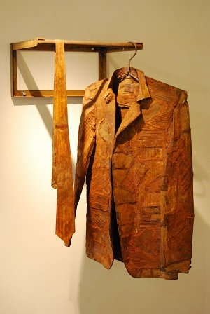 Jan van der Merwe, South African sculptor.  Jacket and Tie. 2010.  Rusted metal and found objects  110 x 50 x 70cm (3 piece installation)
