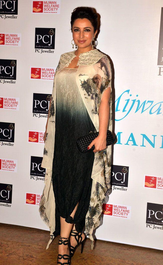 Tisca Chopra at Shabana Azmi's fashion show 'Mijwan'.