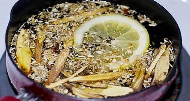 Un sirop fait maison pour expulser le mucus de vos poumons. Ce sirop naturel vous aidera à expulser le mucus naturellement.