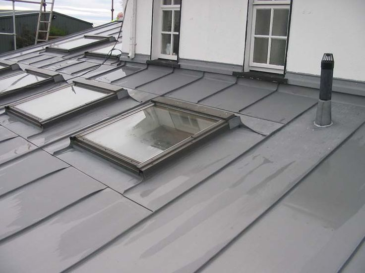 Zinc roofing with roof lights