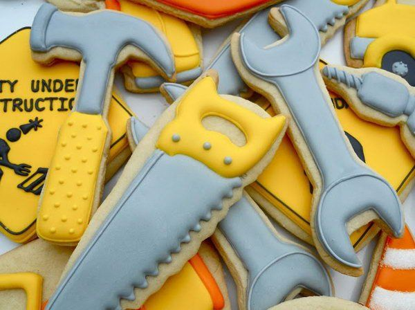 Fabulous Construction Themed Birthday Party Tool Cookies
