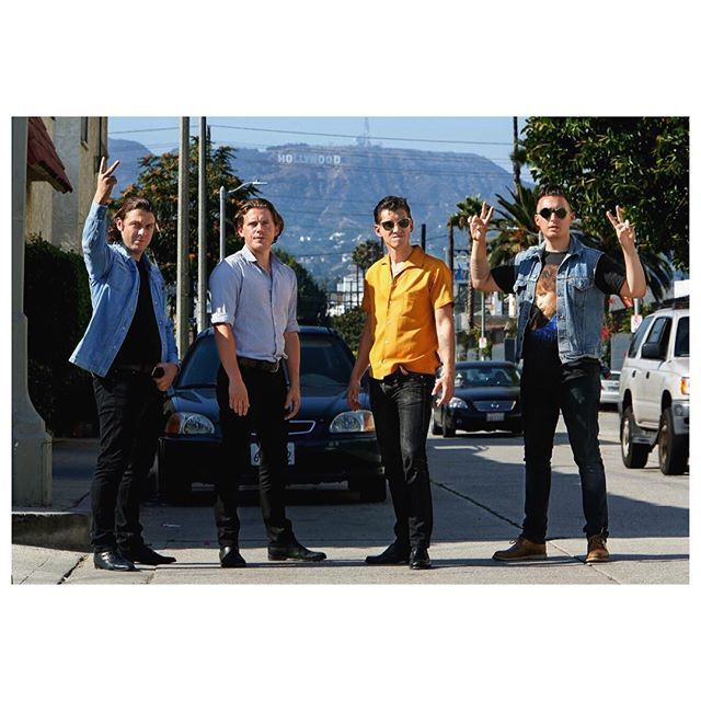 wakemeupat505/2016/10/08 17:33:00/have a great weekend 😎✌🏼️ #arcticmonkeys #am #alexturner #matthelders #jamiecook #nickomalley #band #alternative #indie #rock #outfits #la #hollywood #cars #palmtrees #blackjeans #sexy #hot #handsome #men #weekend #l4l