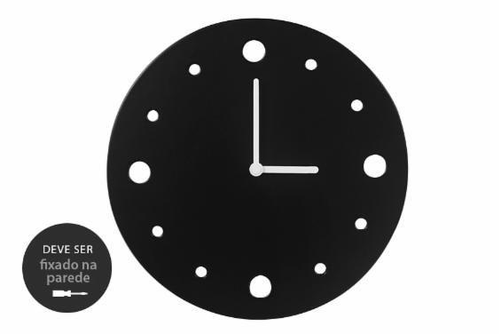 Você busca por um relógio de parede bem minimalista? O Relógio de Parede Decorativo Primal é exatamente o que você procura. Produzido com madeira reaproveitada, esse relógio decorativo funciona muito bem como relógio para sala, churrasqueira, escritório, sala de estar, sala de jantar e até mesmo cozinha.