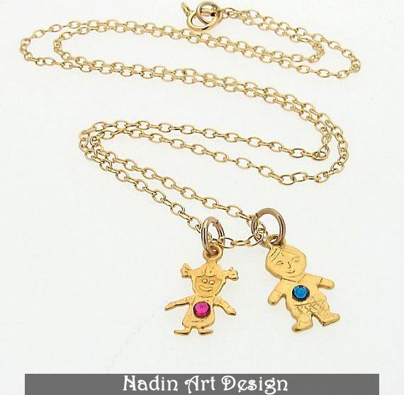 Goldhalskette mit Kinderanhänger / Mamas Schmuck von NadinArtDesign auf DaWanda.com