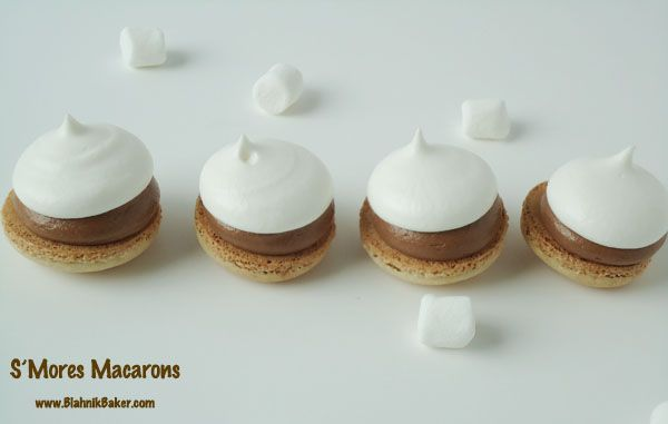 Did y'all see these S'mores Macarons from @Zainab J Mansaray   Blahnik Baker - LOVE!  http://www.blahnikbaker.com/2013/08/smores-macarons.html