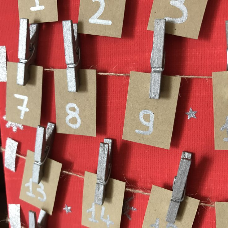 Le mois de décembre approche,il est temps de penser aux calendriers de l'Avent ! Mes aînés ont déjà choisi leur «principal» calendrier (Playmobil Pompiers etLego Fri…