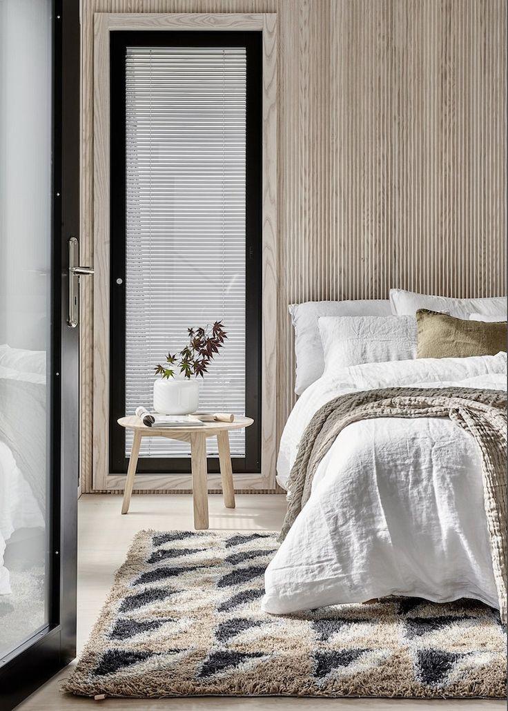 Schlafzimmer, Skandinavisches Wohnen, Design Blogs, Neues Zuhause,  Holzwände, Traum Schlafzimmer, Modernes Design, Natürliches Holz,  Schlafzimmerdeko