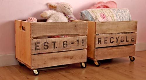 toy box...or blanketsToys Boxes, Kids Room, Toy Boxes, Old Pallets, Storage Ideas, Recycle Pallets, Pallets Projects, Crates, Toys Storage