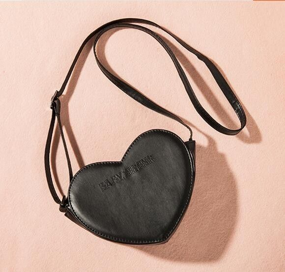 Bolsa em forma de coração com alça regulável estilo lolita