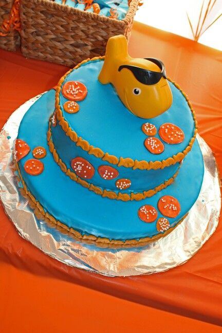 """""""O'Fish'aly Ours"""" adoption party Fondant Cake."""