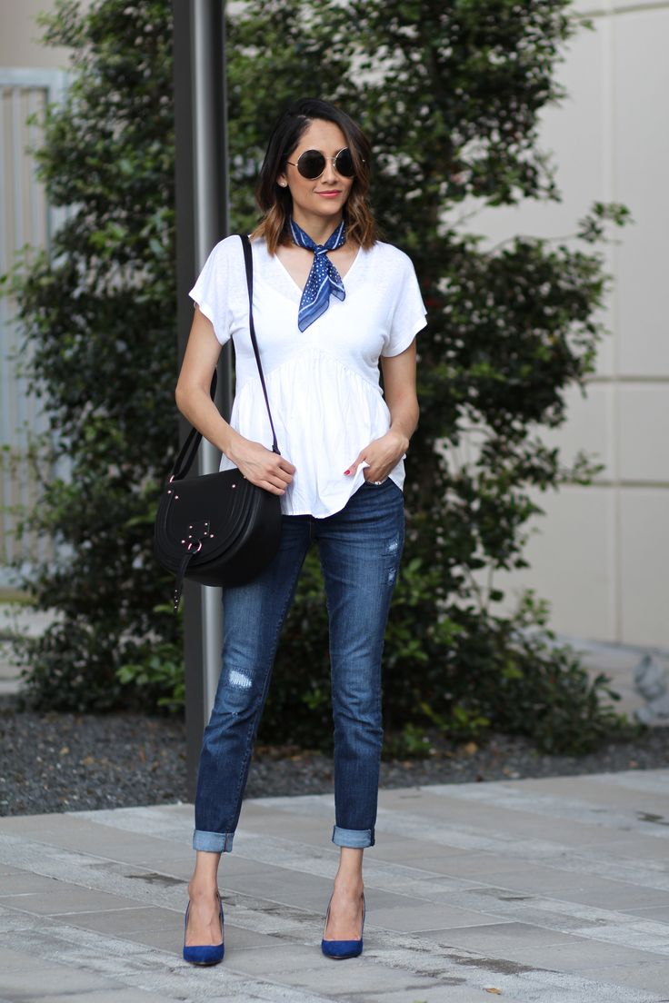 street chic spring look. designer inspired handbag & blue pumps