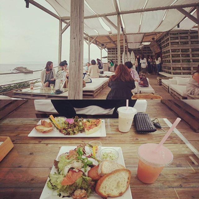 来たかったとこ⛵⚓ . . 平日だから空いててlucky 気持ちがいいー . . #逗子#葉山#caban#tomorrowland#sea#lunch#海#神奈川 2016/06/22 14:14:46