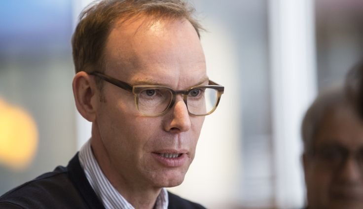 By criticizing his company's progress, Chipotle CEO Steve Ells is establishing himself as part of the solution.