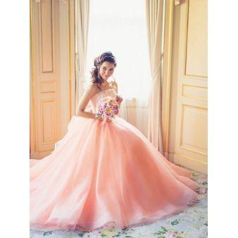 ブライダリウム ミュー:幸福オーラを放つ優美なドレス 9811