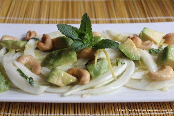 finocchi, avocado, anacardi e menta... che bella insalata!