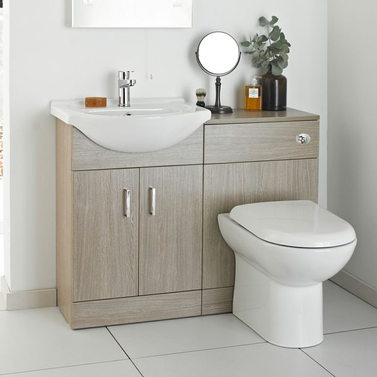 This bathroom furniture pack features a light oak finish for a classic bathroom look