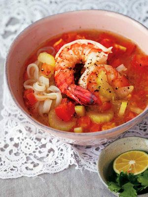 【ELLE a table】海老、セロリ、トマトの米麺レシピ|エル・オンライン
