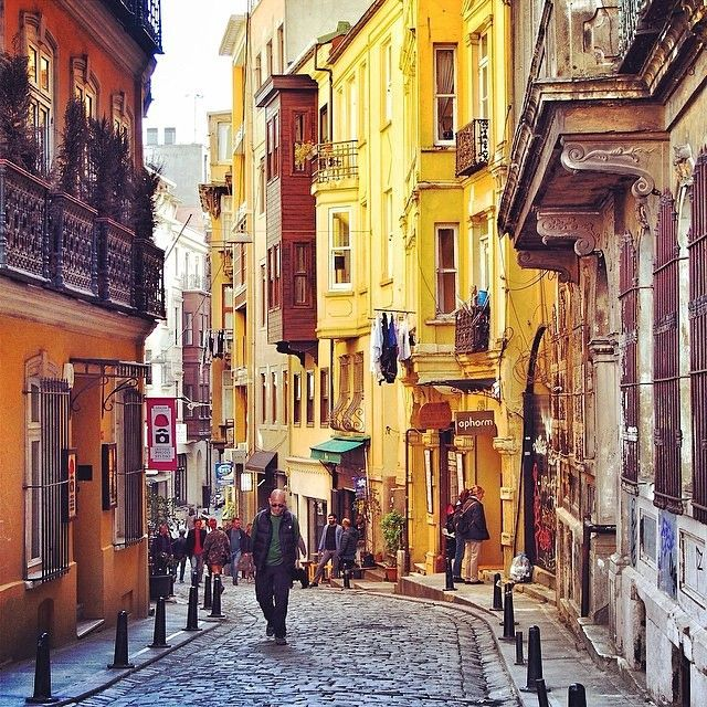 Then there are beautiful neighborhoods like Galata…