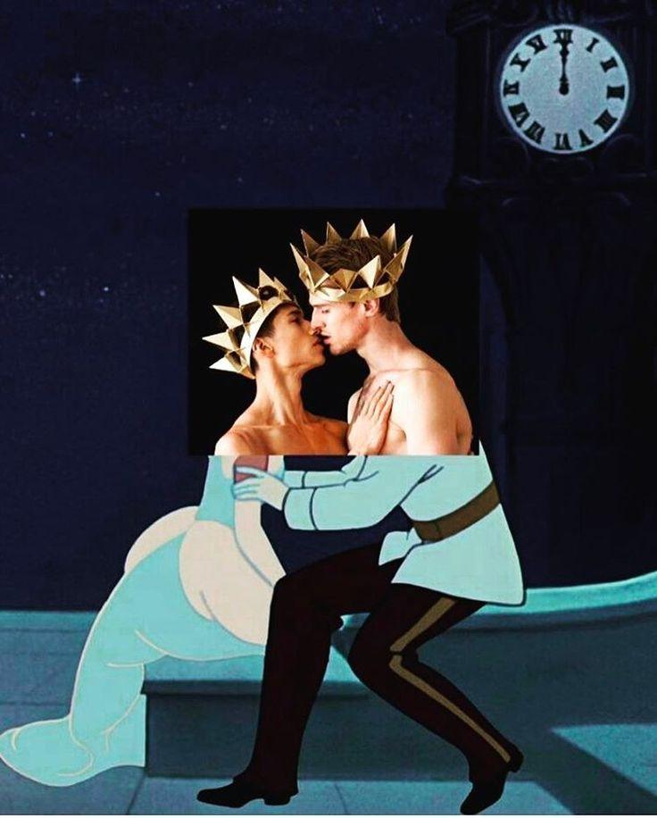 #metgala #metgala2017 #princess #fashion #disney #dress #aliceinwonderland #cinderella #pokahontas #snowwhite #sleepbeauty #royalty #fashionqueen #brizzart #perfectdress #fantasy @naropinosa #tarzan #elsa #littlemermaid #zeus #celebrity #genderfree #stophomophobia #loveisallaround #love #loveisallyouneed http://tipsrazzi.com/ipost/1508137858093961011/?code=BTt-2Q4Ak8z