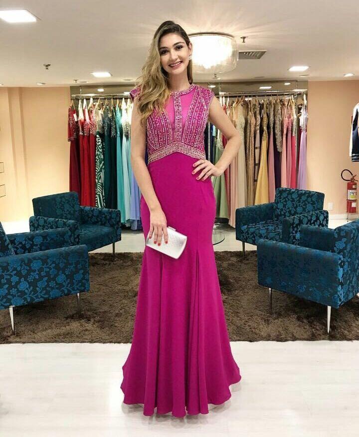 Vestido De Festa Fucsia Com Pedraria Em 2019 Aluguel De Vestido