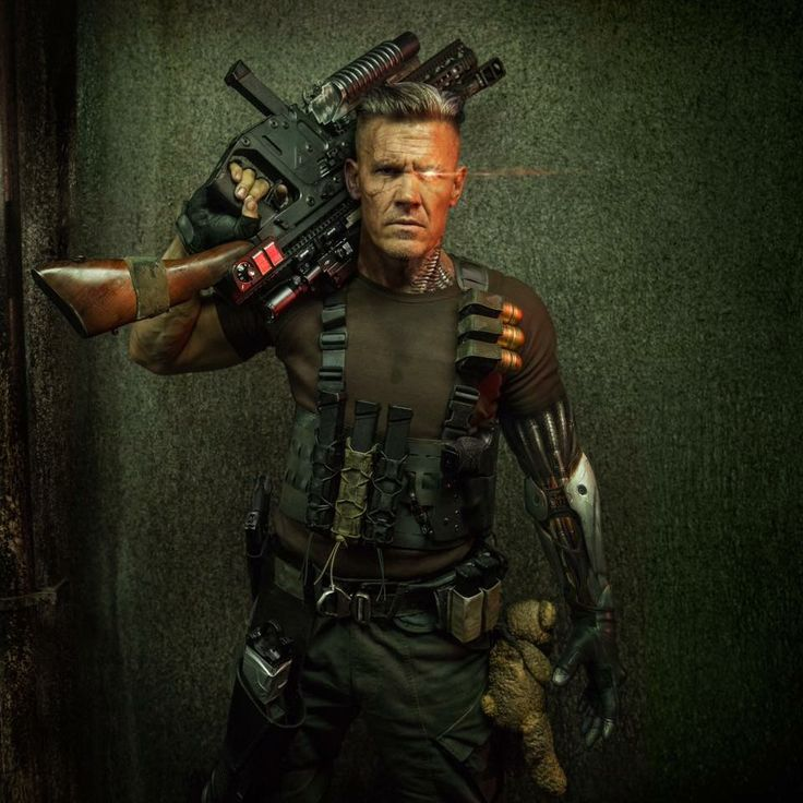 First look at John Brolin's Cable.