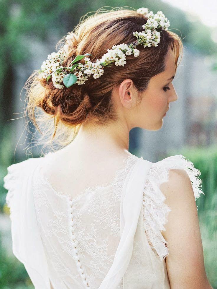 Recogido con corona de flores bodas novias pinterest - Recogido para boda ...