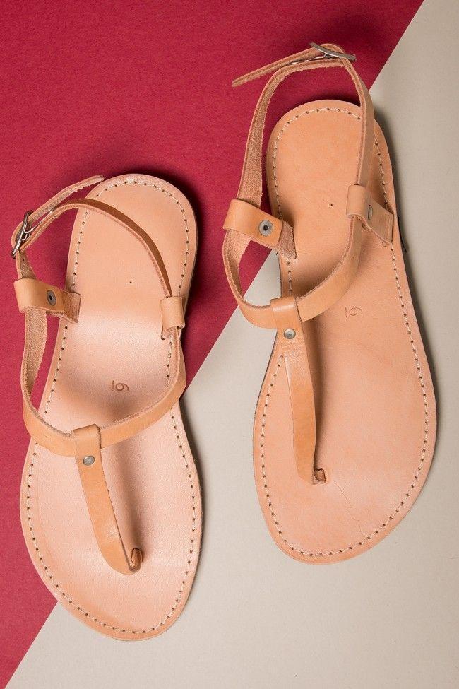 My Cute Leather Sandals Δερμάτινα χειροποίητα σανδάλια. 100% Δέρμα. Δένουν με λουράκι στο πόδι.