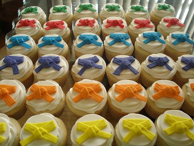 Karate Belt Cupcakes- I am thinking of upcoming Black Belt Extravaganzas!