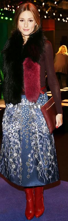 olivia palermo  Who made  Olivia Palermos blue print skirt, red boots, clutch handbag, jewelry, and black scarf?