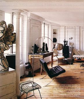 Frédéric Méchiche's loft. | Door Sixteen I love the Louis XVI period console paired with the modern chairs