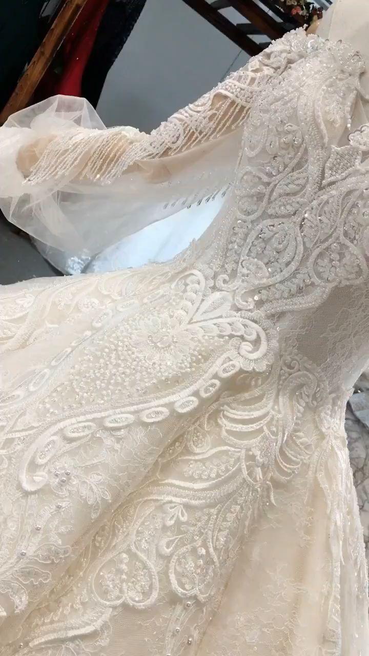 Glamorous Sweetheart long sleeves wedding gown
