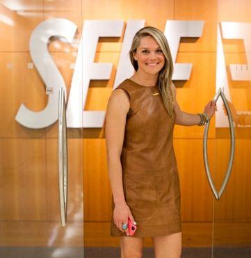 SELF Magazine Social Media Editor Stephanie Miller #theeverygirl