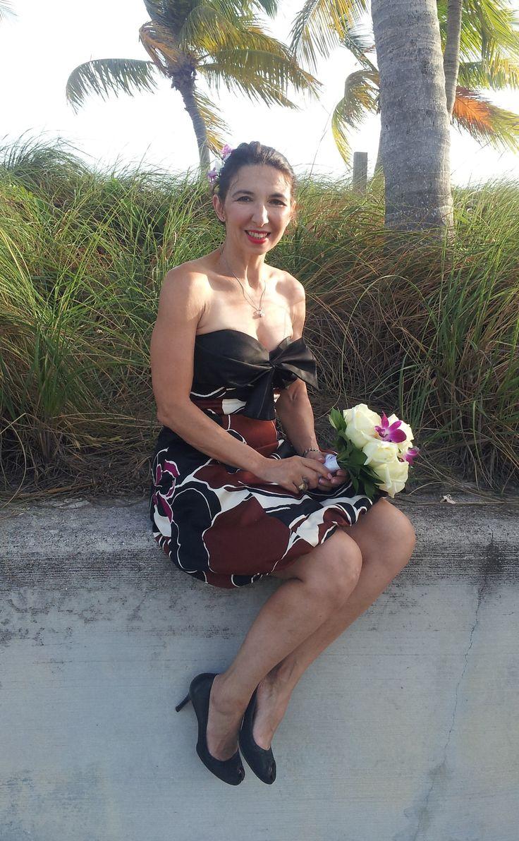 Trina Turk Couture in silk; Peeppumps, Kate Spade, Creamy