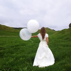 Giant Balloons, lots of colours! Inflate up to 90cm!!! New Zealand.