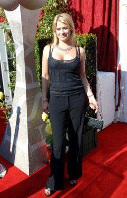 Pictures & Photos of Kristy Swanson - IMDb