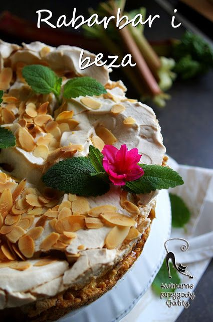 Kulinarne przygody Gatity: Ciasto rabarbarowe z bezą