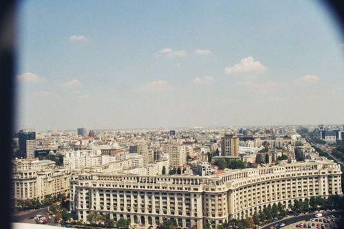Imagine prin We Heart It #bucharest #city #europe #romania #view #bucurești