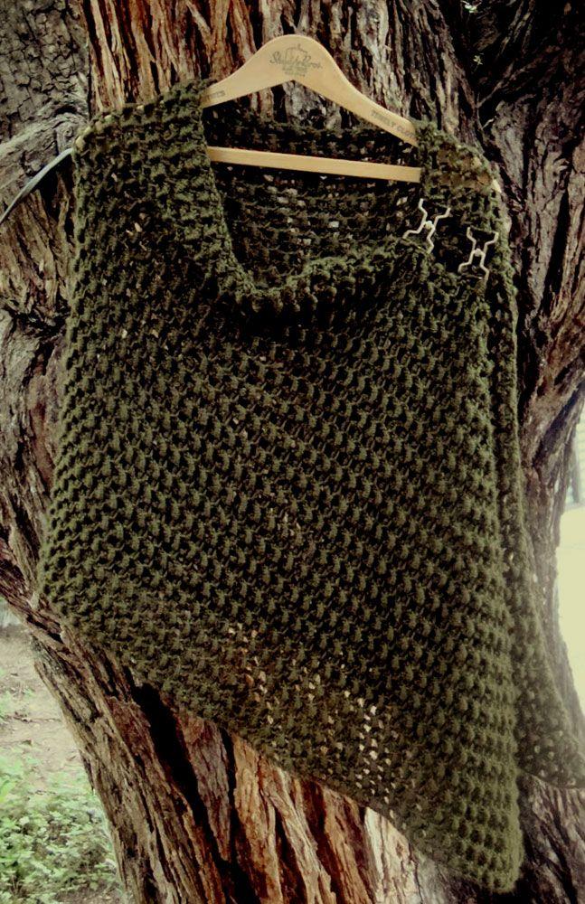 Bullion Stitch Crocheted Wrap Free Pattern.╭⊰✿Teresa Restegui http://www.pinterest.com/teretegui/✿⊱╮